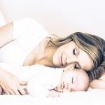 新生児の母乳の授乳回数は?間隔はどれくらい?
