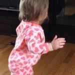 赤ちゃんが立つ時期はいつ頃?練習は必要?